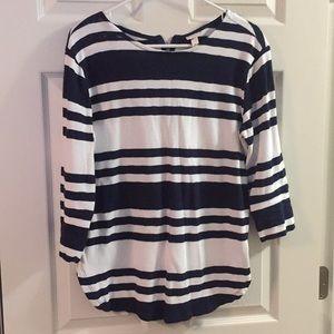 3/4 length striped shirt